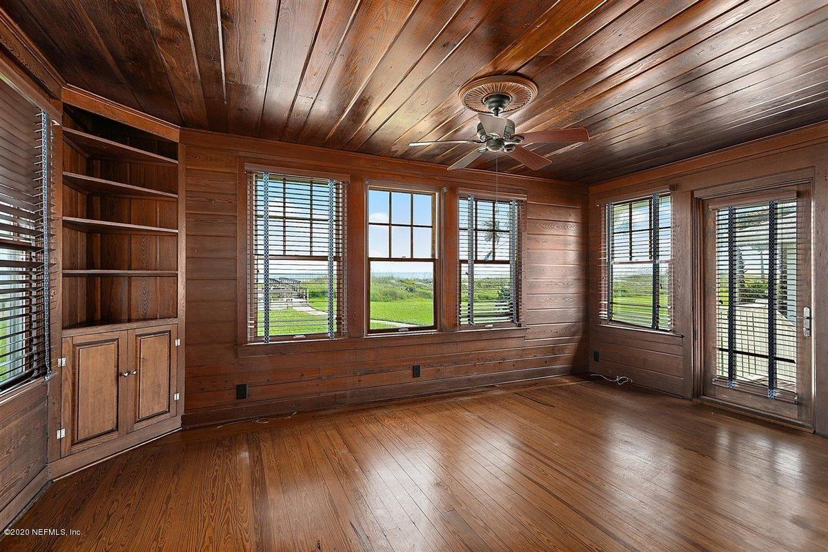 Luxury properties quaint oceanfront cottage