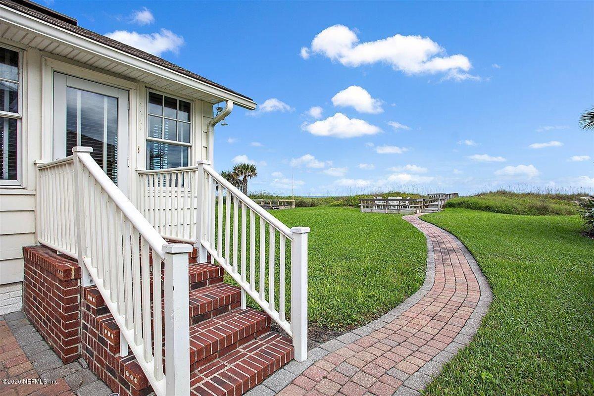 quaint oceanfront cottage luxury properties