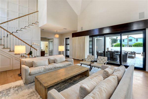 Luxury homes beautiful cedar shake coastal contemporary