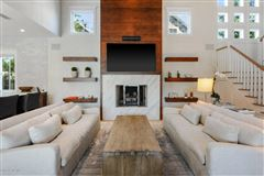 Mansions in beautiful cedar shake coastal contemporary