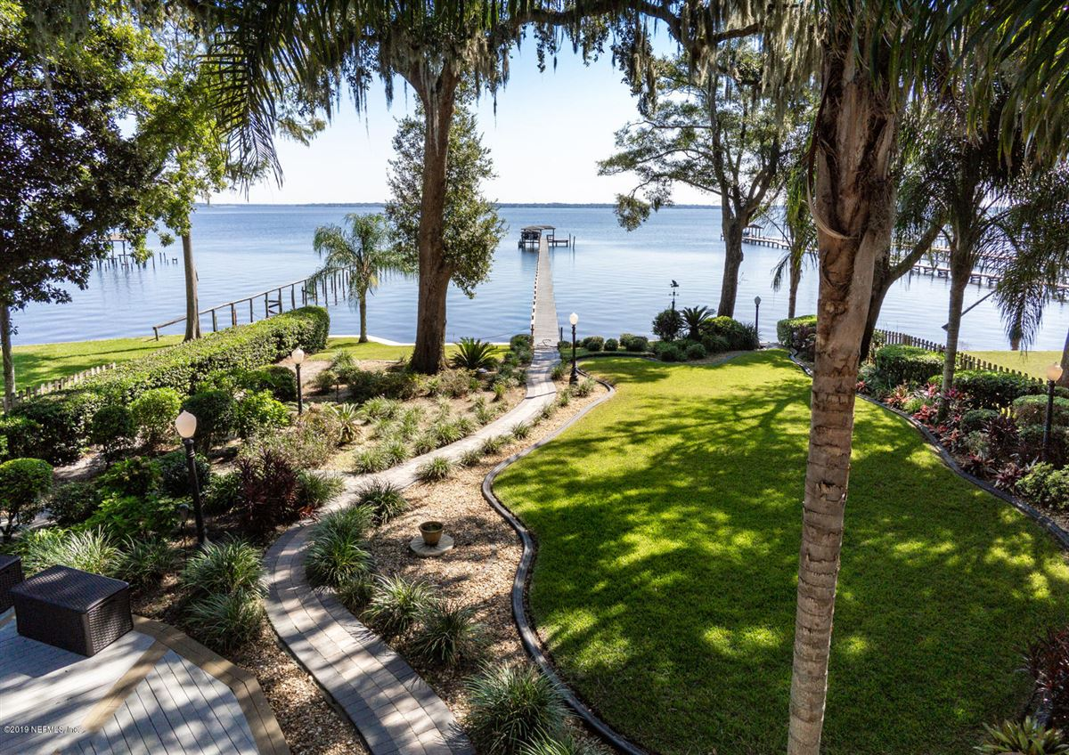 Luxury homes in Stunning Riverfront gated home