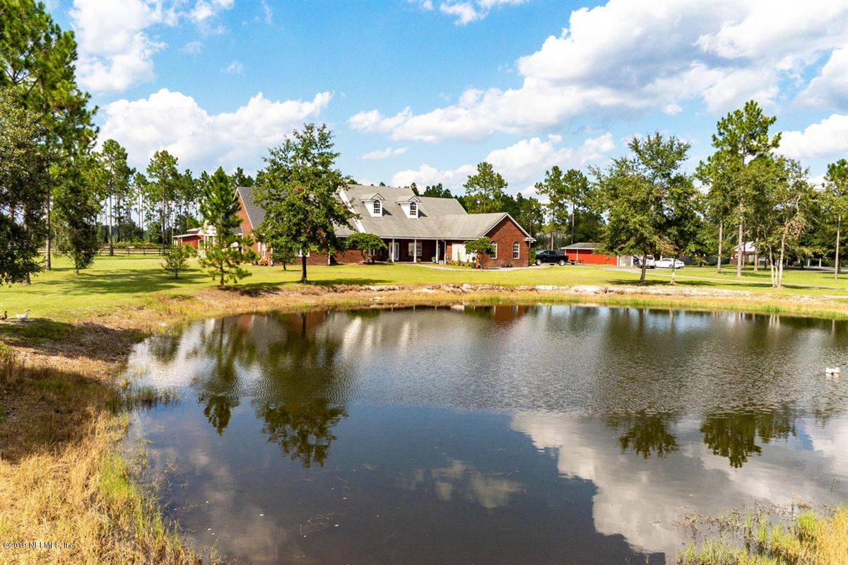 Luxury properties TRANQUIL COUNTRY ESTATE
