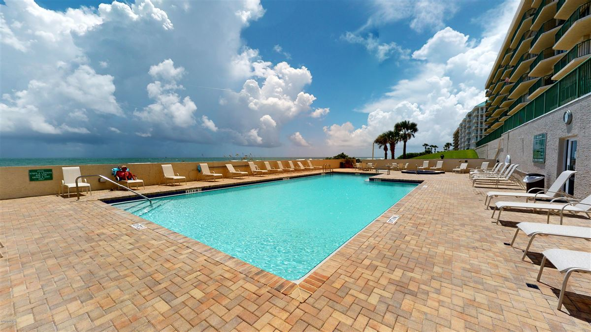 Luxury homes penthouse offering the finest in oceanfront condo living