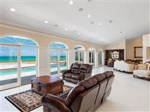 spectacular oceanfront home mansions