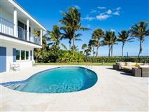 Mansions Casually elegant oceanfront home in vero beach