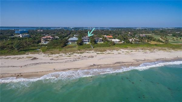 Luxury real estate Magnificent oceanfront estate in vero beach