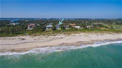 Mansions in Magnificent oceanfront estate in vero beach