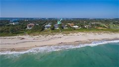 Mansions in Magnificent oceanfront estate in vero beach