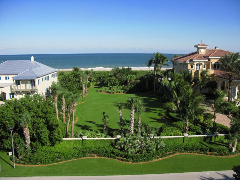 Magnificent Oceanfront Estate luxury homes