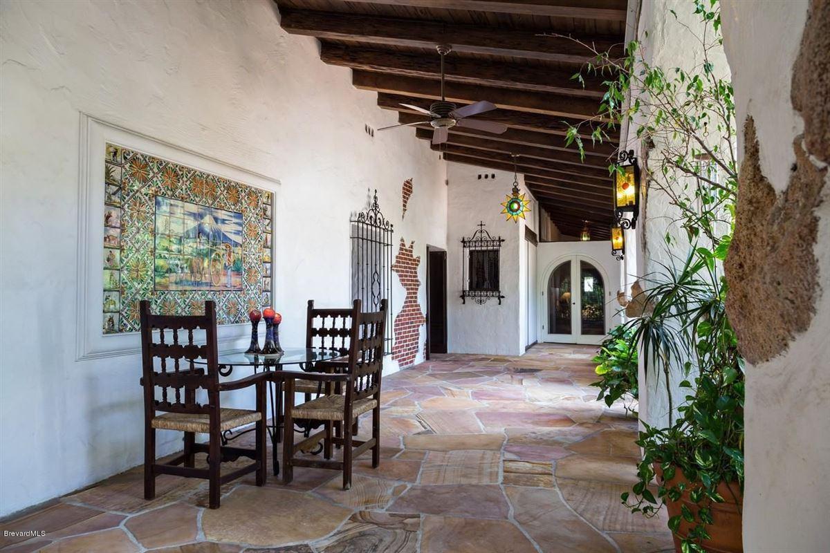 Luxury homes in Hacienda del Sol