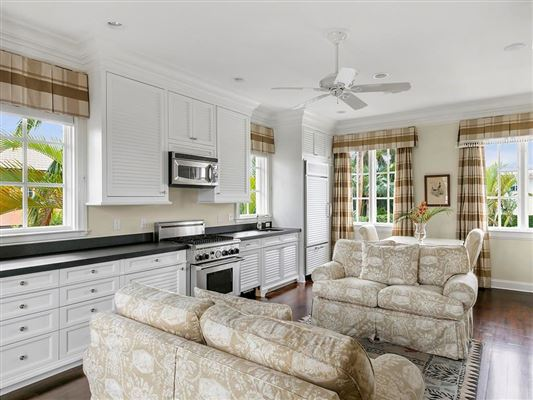 Meticulously crafted Vero Beach riverfront estate luxury real estate