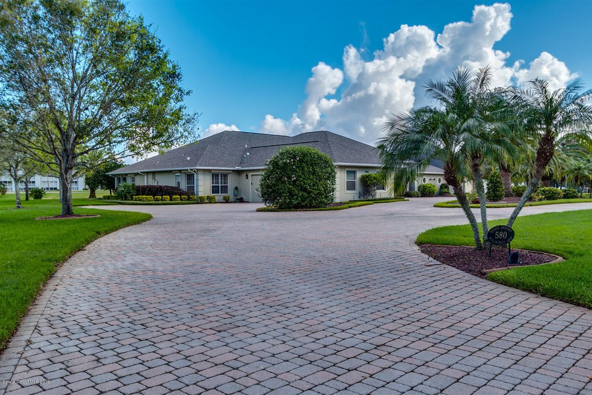 Mansions in Space Coast living at its finest