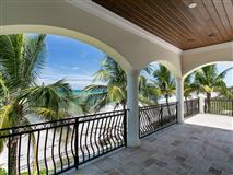 gorgeous oceanfront estate mansions