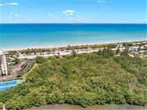 South Hutchinson Island luxury properties