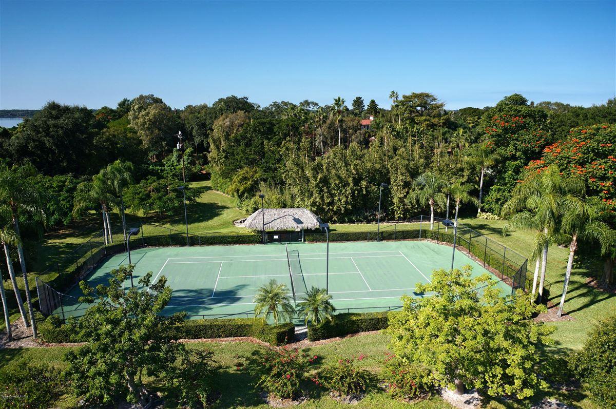 Luxury real estate Hacienda del Sol - a majestic mizner estate