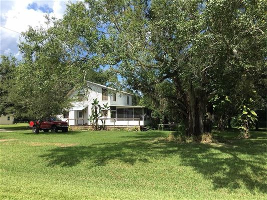 Luxury homes Investor Opportunity next to Major Florida Road