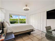 casual and comfortable oceanfront getaway luxury properties