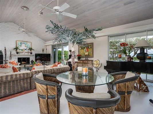Luxury real estate Beautiful vero beach oceanfront gem