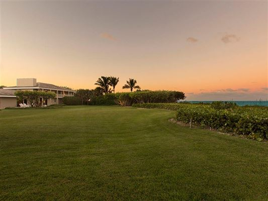 Luxury homes Beautiful vero beach oceanfront gem