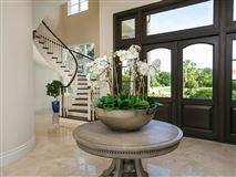 Luxury properties Elegantly relaxed seaside estate