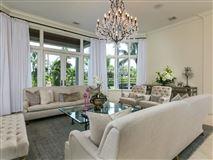 Elegantly relaxed seaside estate luxury properties