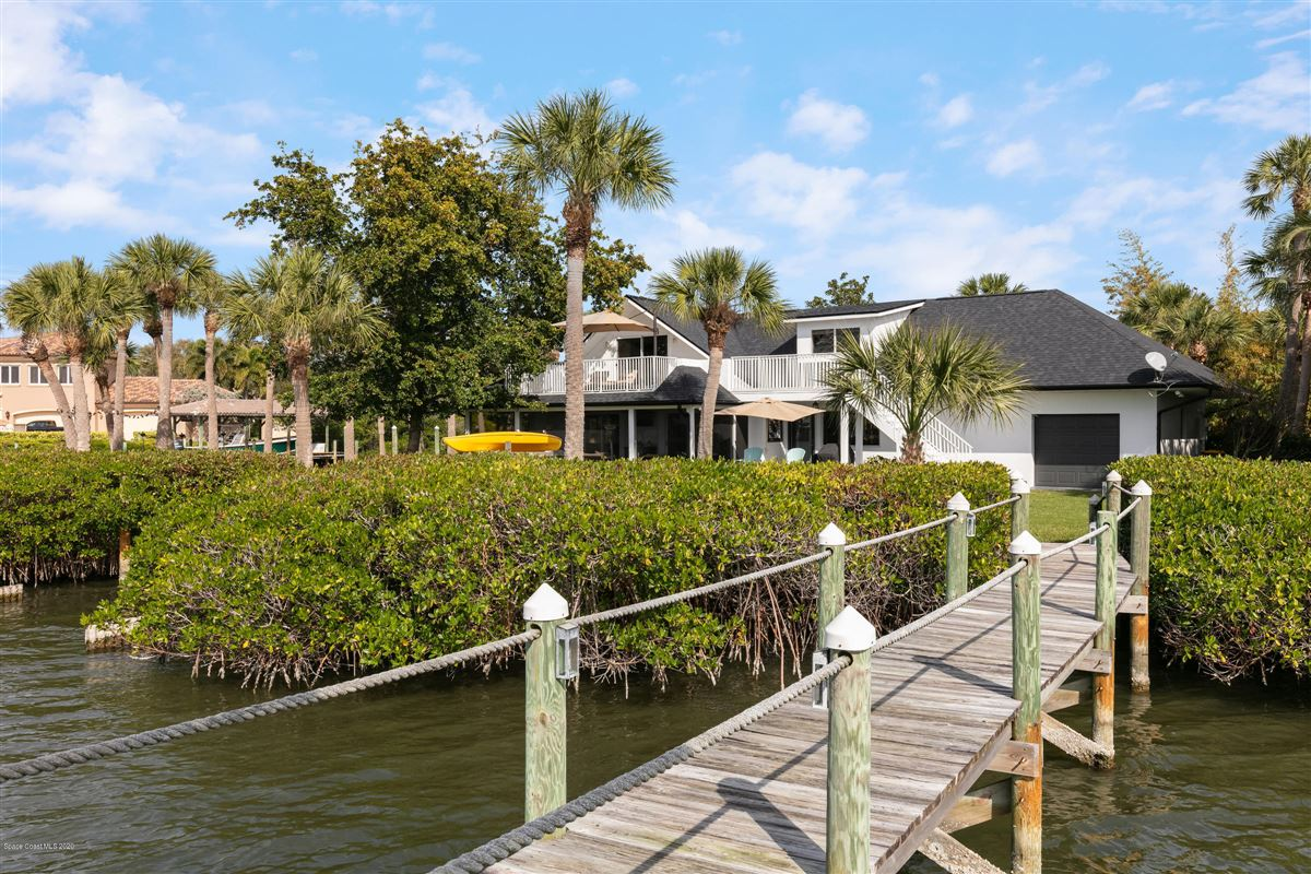 Luxury properties Exquisite Indian River Point Lot
