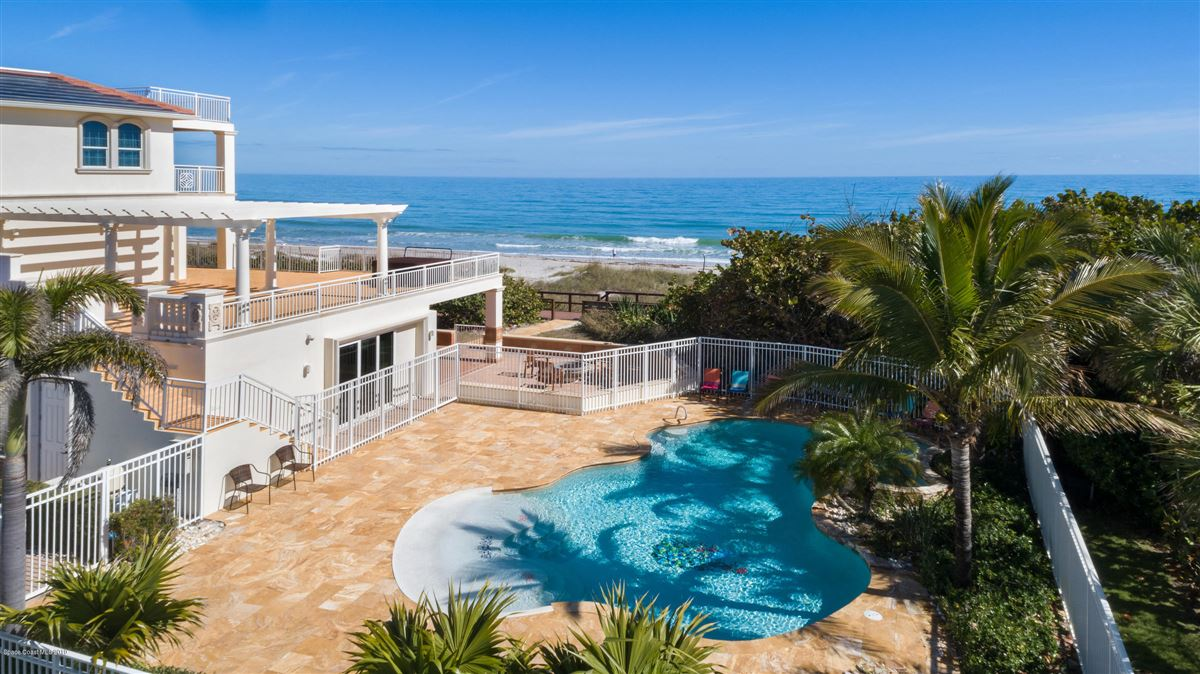 Luxury properties majestic oceanfront estate