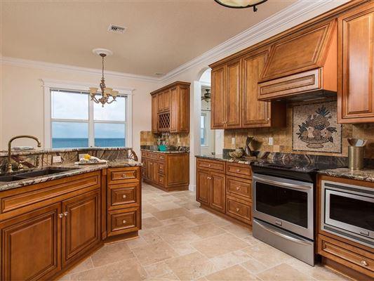 sweeping views of the ocean luxury real estate
