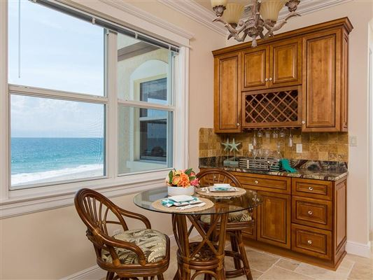 sweeping views of the ocean mansions