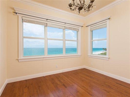 sweeping views of the ocean luxury properties
