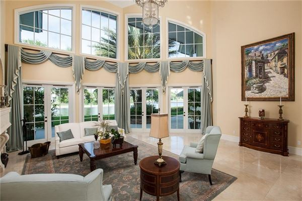 Idyllic waterfront home in vero beach luxury homes