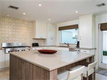Luxury homes Casually elegant oceanfront residence