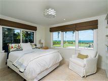 Luxury properties Casually elegant oceanfront residence
