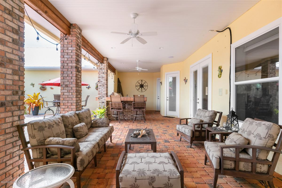 Mansions in Indian River Pool Home