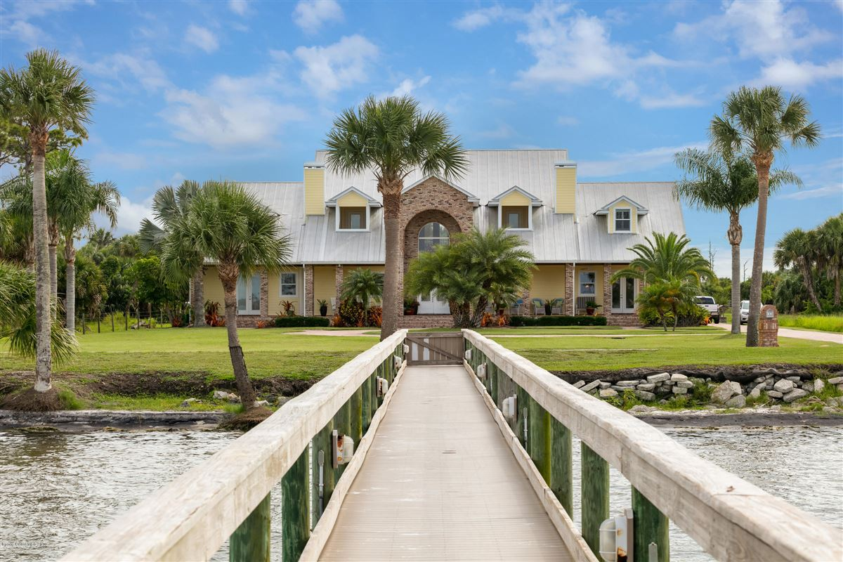 Indian River Pool Home  luxury properties
