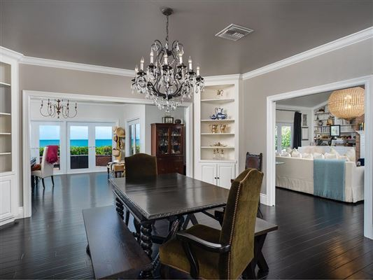 Mansions Expansive oceanfront estate