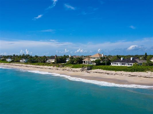 Luxury real estate Expansive oceanfront estate