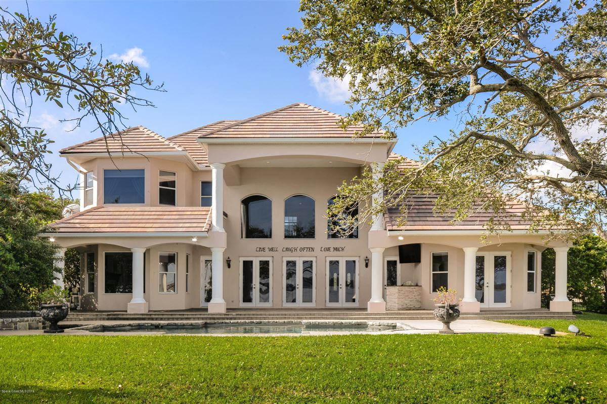 Mansions Refined Indian River Estate