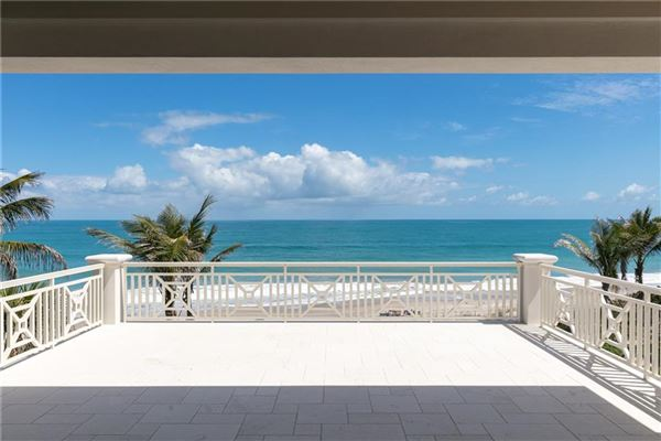 Exquisitely built oceanfront vero beach home luxury homes