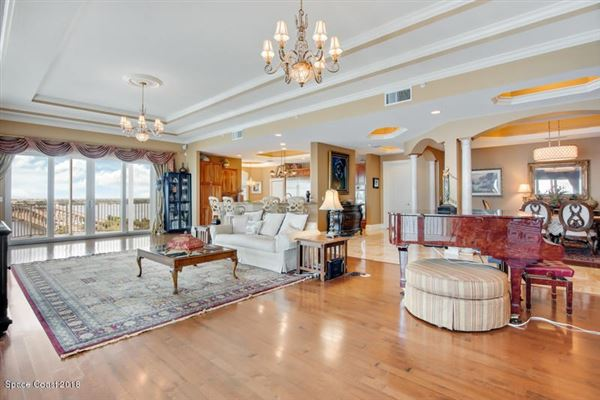 Luxury real estate an Exquisite Penthouse Unit