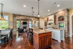 spectacular 15acre estate in Brookfield luxury homes