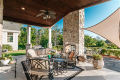 spectacular 15acre estate in Brookfield luxury properties
