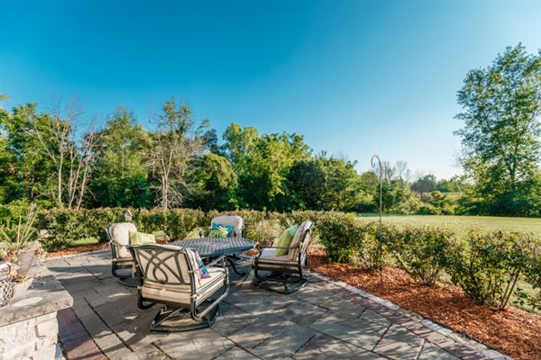 Mansions spectacular 15acre estate in Brookfield
