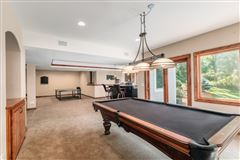 Luxury real estate spectacular 15acre estate in Brookfield