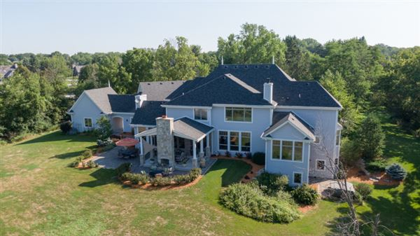 spectacular 15acre estate in Brookfield mansions