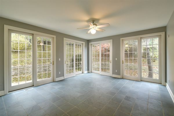 Delightfully refreshed home in elm grove mansions