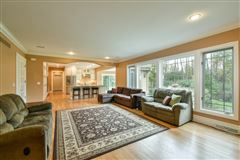 beautiful and spacious home in heart of brookfield luxury properties