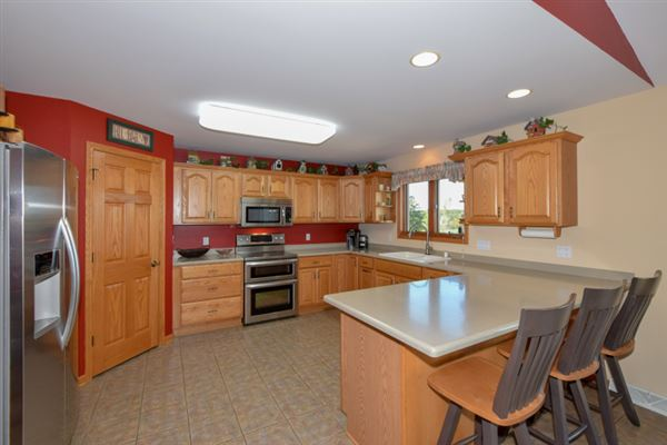 Luxury real estate Impeccably maintained executive brick ranch