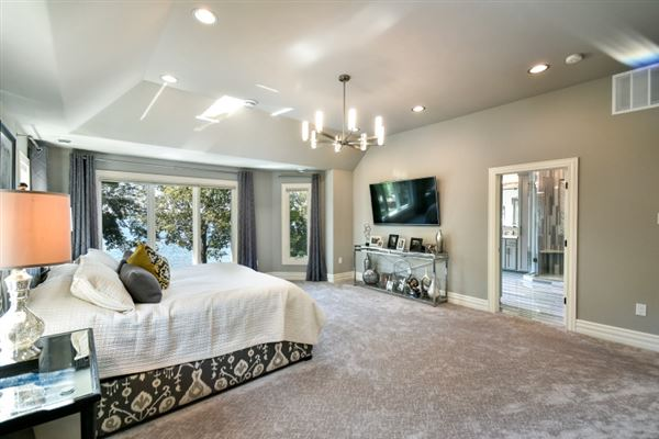 Luxury properties Experience the finest in residential living