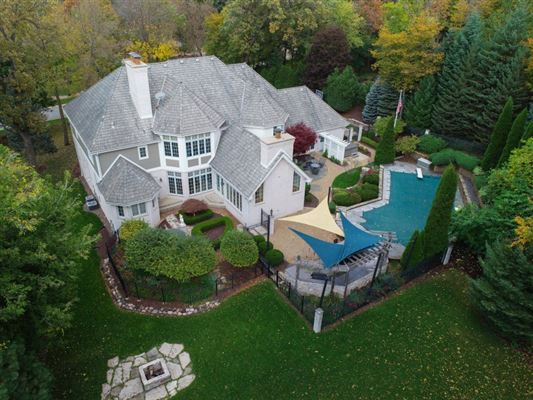 superbly crafted home in Brookfield luxury properties
